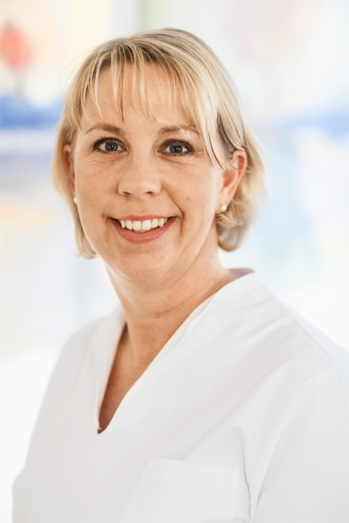 Zahnärztin Nadine Lohmann