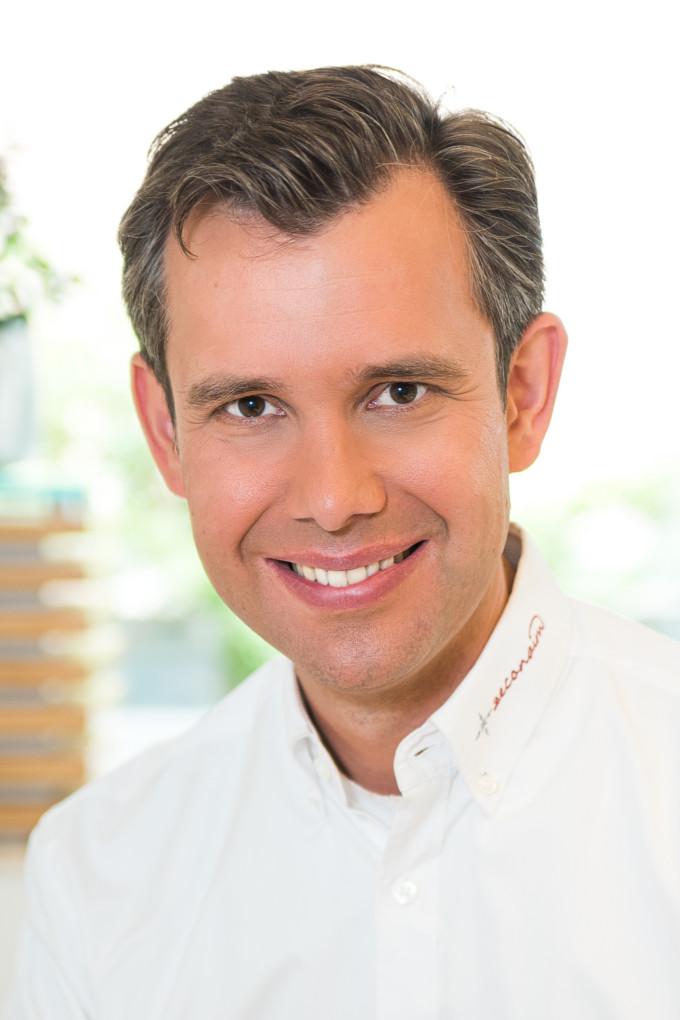 Dr. Arnd Lohmann, MSc